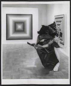 Installation view of the John Chamberlain and Frank Stella exhibition at the Leo Castelli Gallery, 1962 / Rudy Burckhardt, photographer. Leo Castelli Gallery records, Archives of American Art, Smithsonian Institution.
