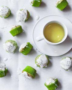 Muffins aux courgettes et au pavot pour 15 personnes - Recettes Elle à Table