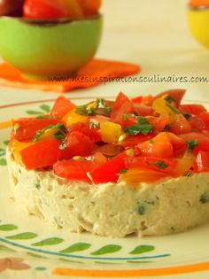 Healthy Juice Recipes 80786 tomato tartare with tuna rillettes Healthy Juice Recipes, Healthy Juices, Timbale Recipe, Healthy Food Alternatives, Snacks Für Party, Ceviche, Finger Foods, Food Inspiration, Brunch