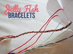 Jellyfish Friendship Bracelets use a wheel to create a round woven bracelet--and they are sooo easy to make!