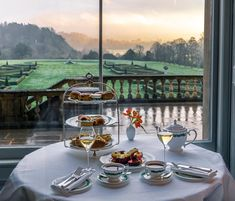 Glass spends the weekend at Cliveden House – The Glass Magazine
