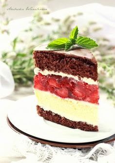 Arabeska : Sernikowe ciasto z kremem i galaretką z truskawkami Happy Foods, Bakery, Cheesecake, Food And Drink, Sweets, Cookies, Desserts, Strawberries, Cheesecakes