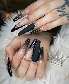 25 Best Beautiful Nail Designs to Try Bling Acrylic Nails, Aycrlic Nails, Best Acrylic Nails, Glam Nails, Dope Nails, Nails Inc, Bling Nails, Hair And Nails, Rhinestone Nails