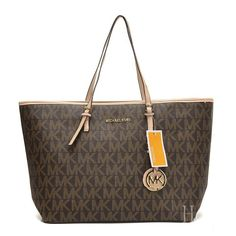 Our Top Gift Picks for You in Your Life. Shop NOW! #shop #gift #michael #kors