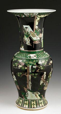 Chinese Kangxi Period Famille Verte Zun Vase - 2