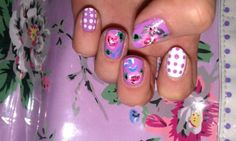 mimsnails:  Some old Cath Kidston inspired nails - I love pretty...