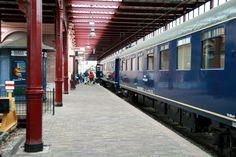 Spoorwegmuseum Utrecht. De trein waarmee Koningin Juliana door het land reisde met een kantoorruimte, bedden, salon etc.  Foto: G.J. Koppenaal - 19/8/2014