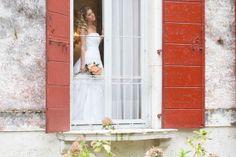 Princess bride inspiration | photo by Nadine Silva http://weddingwonderland.it/2014/02/inspiration-shoot-princess-bride.html