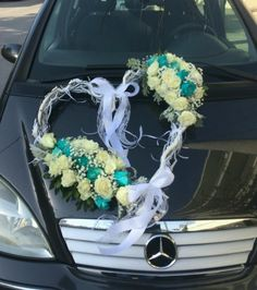 💙 Love is in the air 💙 #weddingdeco #weddingingreece #wedding #blue #bluewedding #bluerose #whiterose #roseslover #roses #loveroses #loveisontheair #love #heart #senecio #flowershots #flower #flowerlovers #creations #lovemyjob #lovetocreate #lovethiscolor #thessaloniki #greece #2018 #anthos_theartofflowers Greece Wedding, Wedding Blue, Thessaloniki, White Roses, Heart, Flowers, Color, Wedding In Greece, Colour