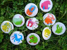 FREE SHIPPING Set of 10  retro animal brooches/ by RETROisIN