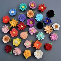 CUSTOM Felt Flower Magnet 100% Wool Felt by heartfeltpetals on Etsy https://www.etsy.com/uk/listing/500025767/custom-felt-flower-magnet-100-wool-felt