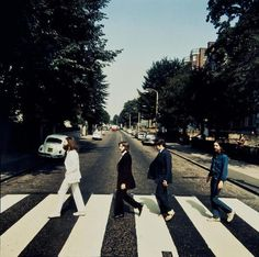 "The auction photo of the Beatles walking over the Abbey Road pedestrian crossing the 'wrong way'. Photograph ""The auction photo of the Beatles walking over the Abbey Road pedestrian crossing the 'wrong way'. Die Beatles, Beatles Photos, Abbey Road, Ringo Starr, George Harrison, John Lennon, Rare Historical Photos, Rare Photos, Mars"