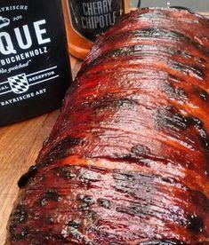 Ollis Grillabenteuer: Bacon Bomb gefüllt mit Pulled Pork und Cheddar