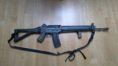 Sig Sg 550, Sig Sauer, Cool Guns, Assault Rifle, Rifles, Tactical Gear, Firearms, Weapons, Camo