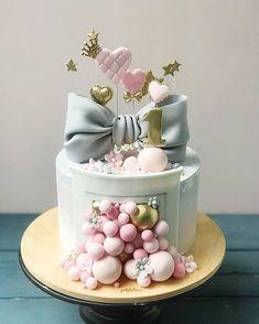 1st Birthday Cake Smash, Birthday Cake Girls, Pretty Cakes, Cute Cakes, Super Cool Cakes, Happy Anniversary Cakes, Christmas Cake Designs, Balloon Cake, Birthday Cake Decorating