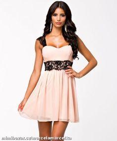 Letní šaty s krajkou krajkové šaty S M L XL Krátké Šaty 7a2c5ce350