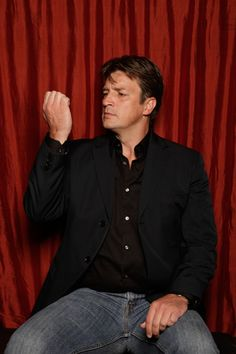 Can*Con 2016 will run on the – of September, in downtown Ottawa at the stunningly beautiful Novotel, one block from Ottawa's historic Market, the Rideau Center, the Canal and public transit. Nathan Fillion is Canadian but has no idea that we exist. Castle Tv Series, Castle Tv Shows, Nathan Fillion, Castle 2009, Castle Abc, Sara Ramirez, I Volunteer As Tribute, Richard Castle, Castle Beckett