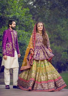 Image may contain: 2 people, people standing and outdoor Asian Wedding Dress Pakistani, Pakistani Mehndi Dress, Asian Bridal Dresses, Pakistani Fashion Party Wear, Bridal Mehndi Dresses, Pakistani Dresses Casual, Bridal Dress Design, Pakistani Dress Design, Bridal Outfits
