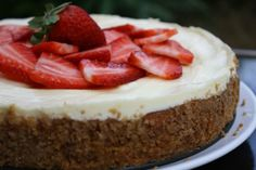 This is a diabetic friendly cheesecake, and you would never know the difference between this and an original recipe. This is a rich recipe that is very good, and no one would ever know it's diabetic. White Chocolate Raspberry Cheesecake, Strawberry Cheesecake, New Dessert Recipe, Dessert Recipes, Ricotta, Good Food, Yummy Food, Rich Recipe, Famous Recipe