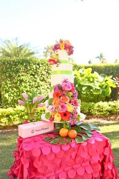 Simple, colorful wedding cake | Fun & Colorful Lilly Pulitzer Wedding Ideas