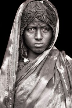 Afar woman, Ethiopia | ©Mario Gerth
