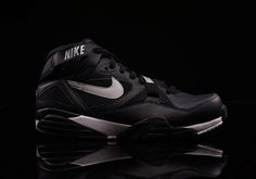 best website ad973 85b28 Black Leather Covers The Latest Nike Air Trainer Max 91 Nike Sneakers,  Sneakers Fashion,