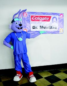 ...Presenta , #botarga Dr muelitas llego a arco gruop para enseñarnos el cuidado de los dientes. #conejo #Dr muelitas.