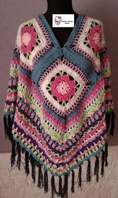 This Pin was discovered by HUZ Poncho Au Crochet, Crochet Granny, Crochet Scarves, Crochet Motif, Crochet Clothes, Crochet Stitches, Knit Crochet, Crochet Patterns, Crochet Woman