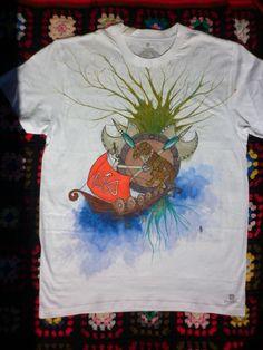 una de vikingos #pintadoamano #camisetaspintadas #pinturadetela  susoleto