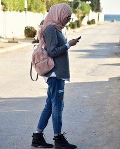 Pinterest: @adarkurdish Muslim Fashion, Modest Fashion, Hijab Fashion, Modest Outfits, Chic Outfits, Middle Eastern Fashion, Hijab Chic, Mode Hijab, Classy Chic
