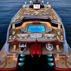 Incredible yacht lives Courtesy of @bxp.men _ ©Unknown