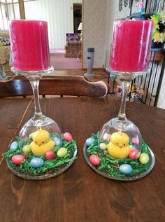 50 Striking Easter Table Decoration Ideas to Give Your Tablescape a Festive Vibe. - 50 Striking Easter Table Decoration Ideas to Give Your Tablescape a Festive Vibe E - Easter Table Settings, Easter Table Decorations, Spring Decorations, Basket Decoration, Easter Projects, Easter Crafts, Easter Ideas, Easter Basket Ideas, Wine Glass Centerpieces