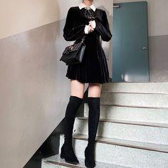 Korean Girl Fashion, Ulzzang Fashion, Kpop Fashion, Kawaii Fashion, Asian Fashion, Kpop Outfits, Teen Fashion Outfits, Korean Outfits, Cute Casual Outfits