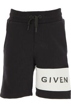 Kidswear Givenchy, Style code: h24065-09b-  îmbracă,între copii Raffaello. Suits You, Fashion Details, Boy Outfits, Givenchy, Fall Winter, Shorts, Boys, Clothing, Style