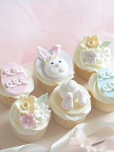 Six Ideas For Your Easter BakiBunny Cupcakes Animal Cupcakes, Easter Cupcakes, Baking Cupcakes, Cupcake Recipes, Cupcake Cakes, Easter Cupcake Decorations, Gourmet Cupcakes, Easter Cake, Desserts Ostern