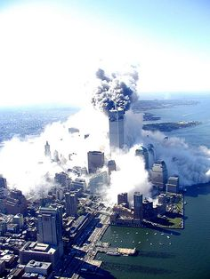 World Trade Center Attack Photos - High Quality World Trade Center Attack, World Trade Center Nyc, Trade Centre, 11 September 2001, Remembering September 11th, 911 Twin Towers, Patriotic Pictures, New York City Travel, Beautiful Sites