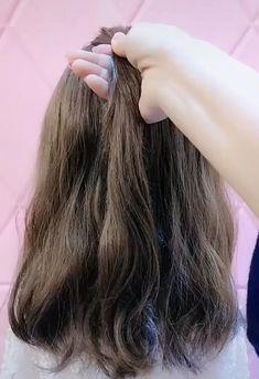 styles for medium length 2020 easy Easy Medium Length Hairstyle Tutorial - Easy Hairstyles 2020 Hairstyles For Medium Length Hair Easy, Short Hair Styles Easy, Medium Hair Styles, Curly Hair Styles, Easy Work Hairstyles, Hair Tutorials For Medium Hair, School Hairstyles, Braided Hairstyles, Hairstyle Tutorial