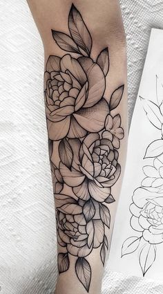 Cover Tattoo, Arm Tattoo, Sleeve Tattoos, Future Tattoos, New Tattoos, Body Art Tattoos, Hand Tattoos, Rose Tattoos For Women, Tattoos For Women Small