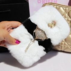 Find More Phone Bags & Cases Information about New Fashion Luxury Design Rabbit Fur Cover For Samsung Galaxy S5 Case,Fox Head For i9600 Case,1pc free shipping,High Quality fur alpaca,China fur bolero Suppliers, Cheap fur hood from Shenzhen Yip's Union Trading Store on Aliexpress.com