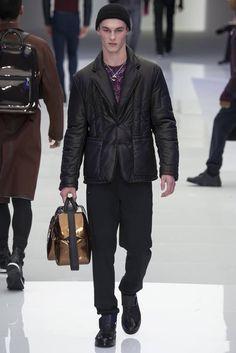Male Fashion Trends: Versace Fall/Winter 2016/17 - Milán Fashion Week