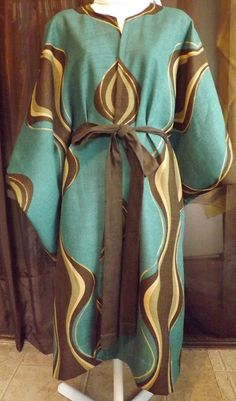 289 Hills of En Gedi Teal and Brown Robe with Matching Linen Belt