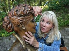 """Poulin said he ended up receiving hundreds of angry emails and even death threats for his donated piece, which depicted Ball from the famous """"I Love Lucy"""" episode in which she auditions for a """"Vitameatavegamin"""" health tonic ad.  After Poulin's offer to redo the statue for free was declined, a town selection committee looked at dozens of sculptors before going with Palmer, best known for her sculpture of Pope Francis, created for his visit last year to New York City.  To capture Ball, who…"""