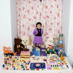 "Cun Zi Yi - Chongqing, China In Italian photographer Gabriele Galimberti's charming photo series ""Toy Stories,"" children from around the world pose with Kids Around The World, Around The Worlds, Glasgow School Of Art, Colossal Art, The Daily Show, Portraits, Children Images, Children Play, Young Children"