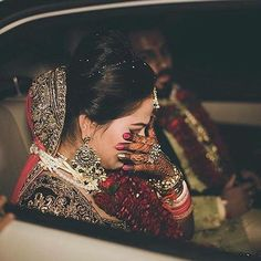 Best Wedding Photographers from India - Dulhaniyaa Indian Wedding Photography Poses, Wedding Photography Packages, Bride Photography, Photography Ideas, Photo Poses For Couples, Bridal Makeover, Bride Poses, Bride Portrait, Pre Wedding Photoshoot
