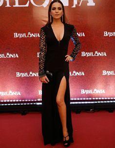 Tainá Muller apostou em um vestido longo (Foto: Fábio Rocha / Gshow)