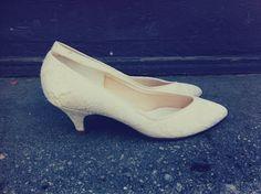 39e8ccd84db Vintage 1980 s Lace Romantic stylish wedding like a virgin madonna kitten  heel pumps Kitten Heel Pumps
