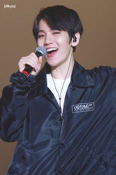 160227 EXO Baekhyun (cr: BRA0506)