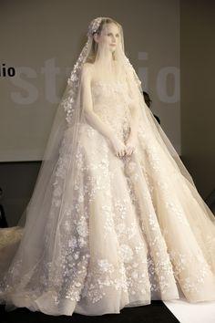Elie Saab at Couture Spring 2014 - StyleBistro*** breathtaking wedding dress Princess Wedding Dresses, Best Wedding Dresses, Bridal Dresses, Wedding Styles, Wedding Gowns, Trendy Wedding, Bridal Veils, Elie Saab Designer, Pnina Tornai