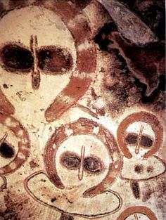 Early ancient 'alien' rock art, discovered in Australia, location being kept secret -- Science . Aliens And Ufos, Ancient Aliens, Ancient Art, Ancient Egypt, Ancient Greece, Arte Tribal, Aboriginal Culture, Aboriginal Art, Ancient Astronaut Theory