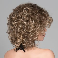 The cap design is extremely comfortable with open wefting and is ideal for an average head size. Ombre Curly Hair, Curly Hair With Bangs, Brown Ombre Hair, Curly Hair Cuts, Short Curly Hair, Short Hair Cuts, Curly Hair Styles, Natural Hair Styles, Natural Curls